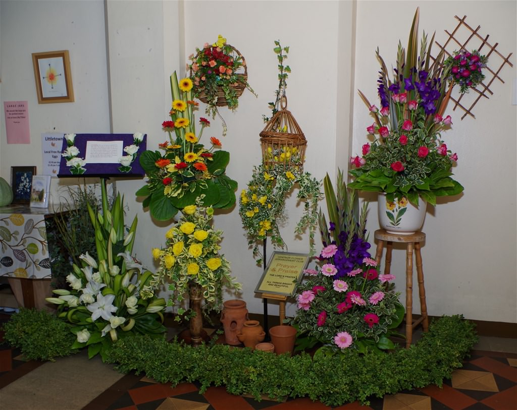 Ventnor Flower Arrangement Group